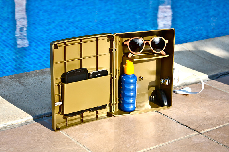 safety-box-with-mobile-safe